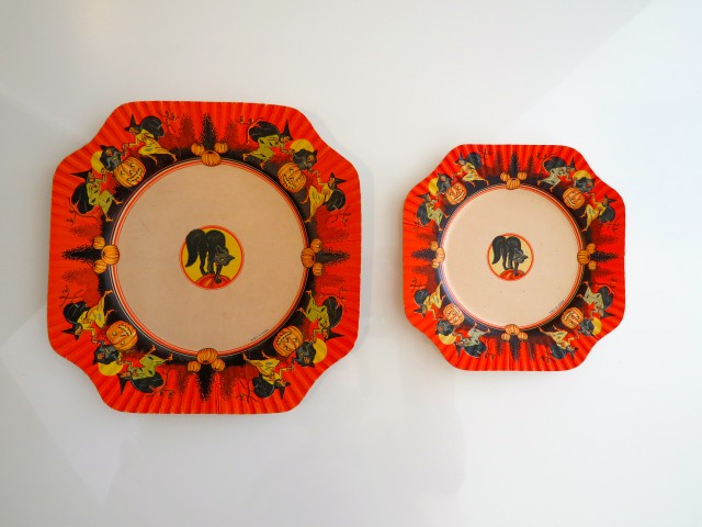 Coved luncheon plate and desert plate, USA, Beach & Arthur, Inc.,1930s