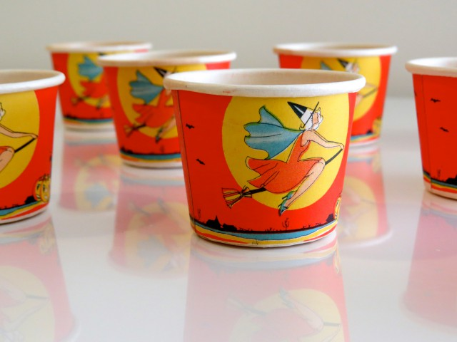 Eight nut cups, USA, Beach & Arthur, Inc. (incised name), 1930s