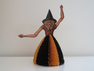Witch table decoration, USA, Beistle, 1930-1931